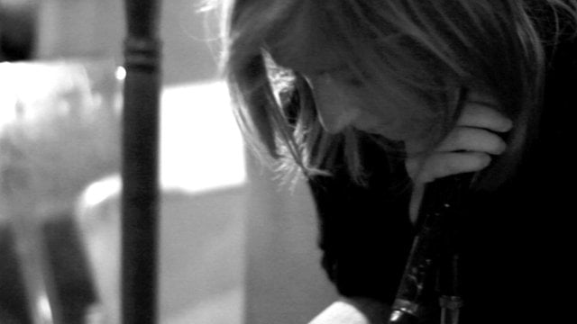 Portishead – Chase the Tear